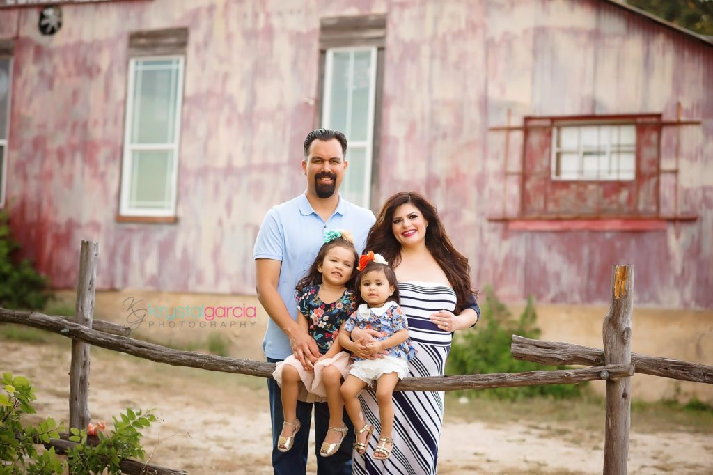San Antonio Newborn Photographer, San Antonio Maternity Photographer, San Antonio Family Photographer, San Antonio Cake Smash Photographer, Newborn Photographer, Maternity Photographer, Family Photographer, Baby Photographer, San Antonio Photographer, Krystal Garcia Photography